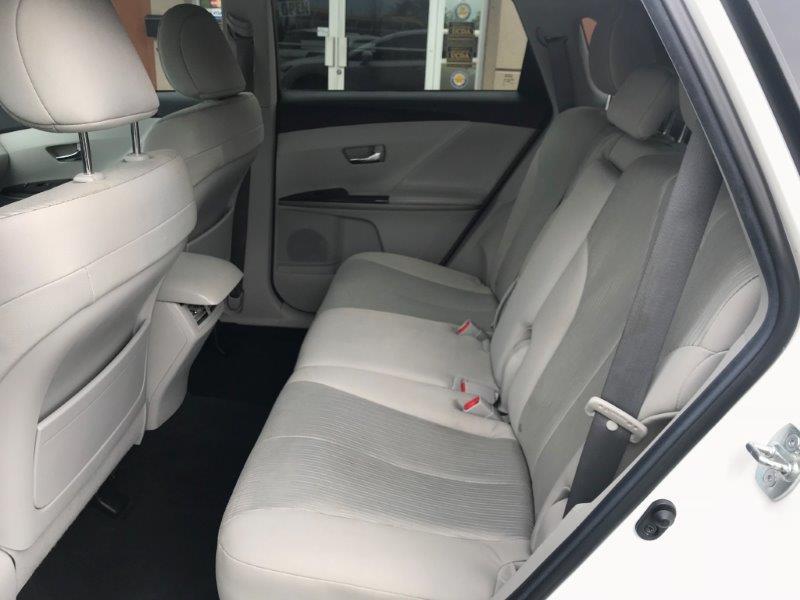 2013 Toyota Venza10