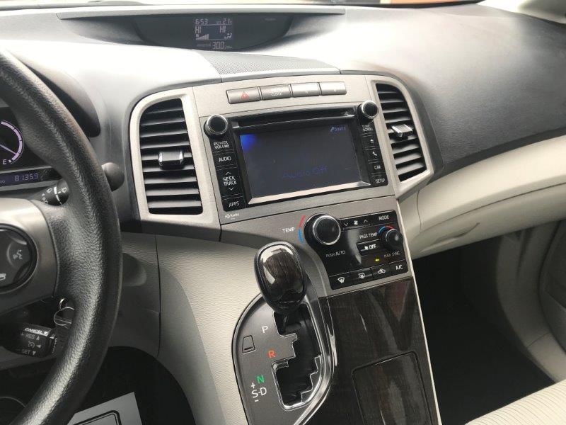 2013 Toyota Venza13