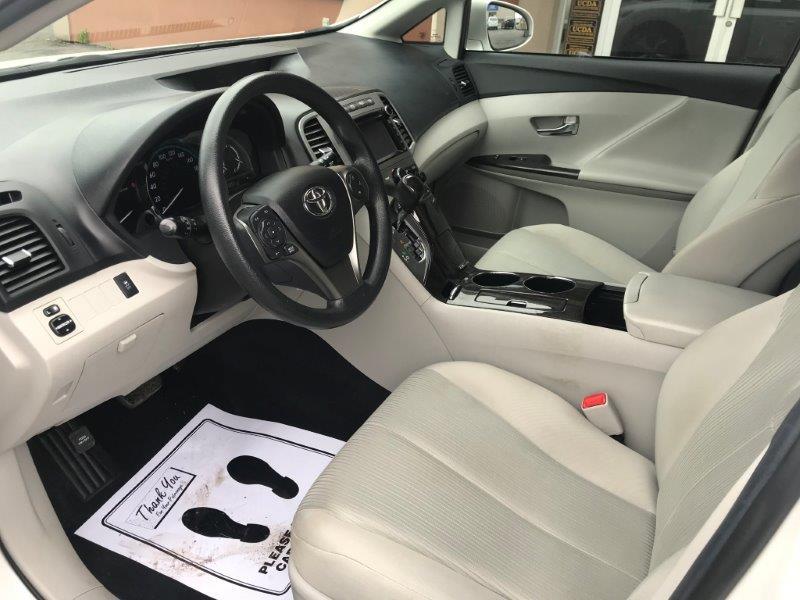 2013 Toyota Venza9