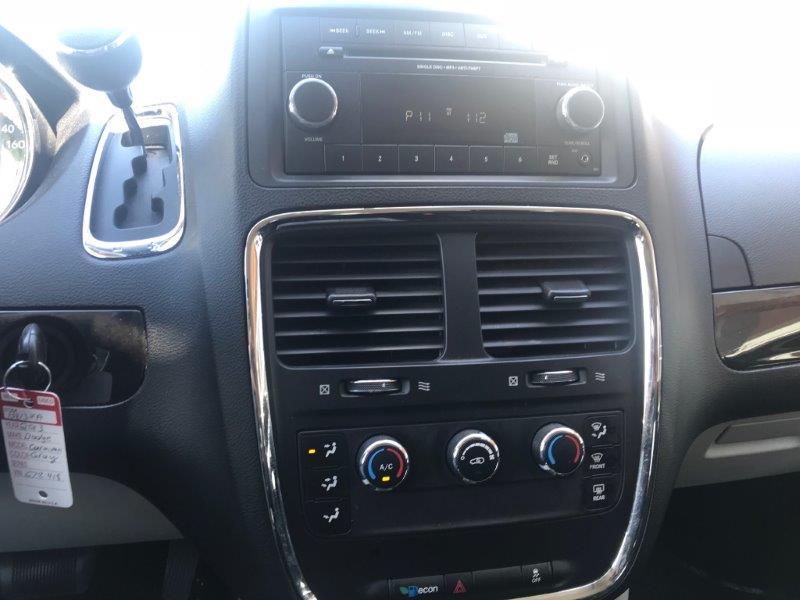 2013 Dodge Grand Caravan12