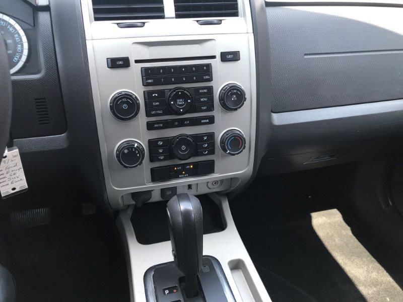 2012 Ford Escape12