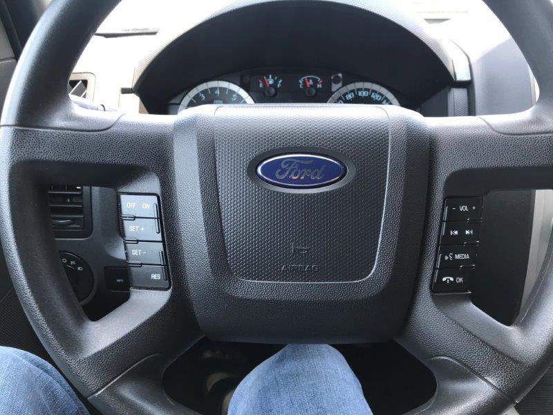 2012 Ford Escape15