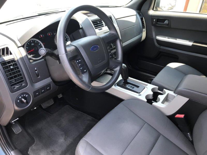 2012 Ford Escape9