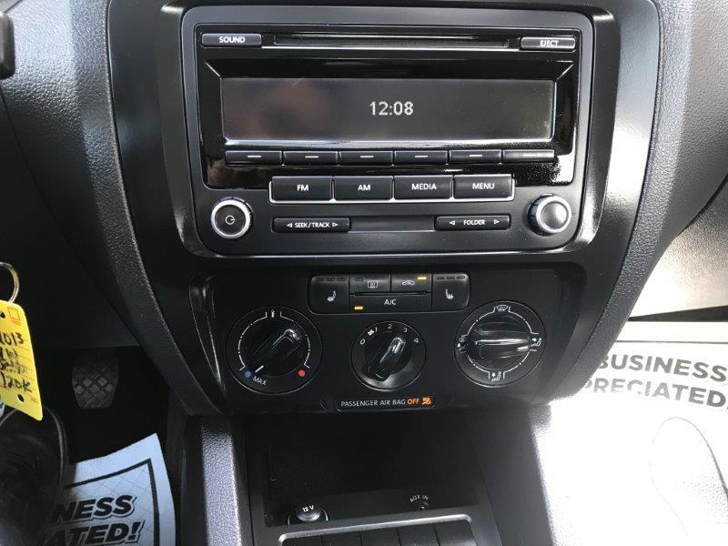 2013 VW Jetta11