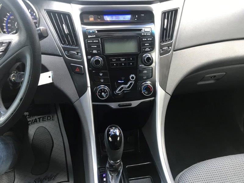 2012 Hyundai Sonata11