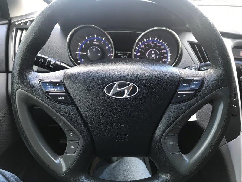 2012 Hyundai Sonata14
