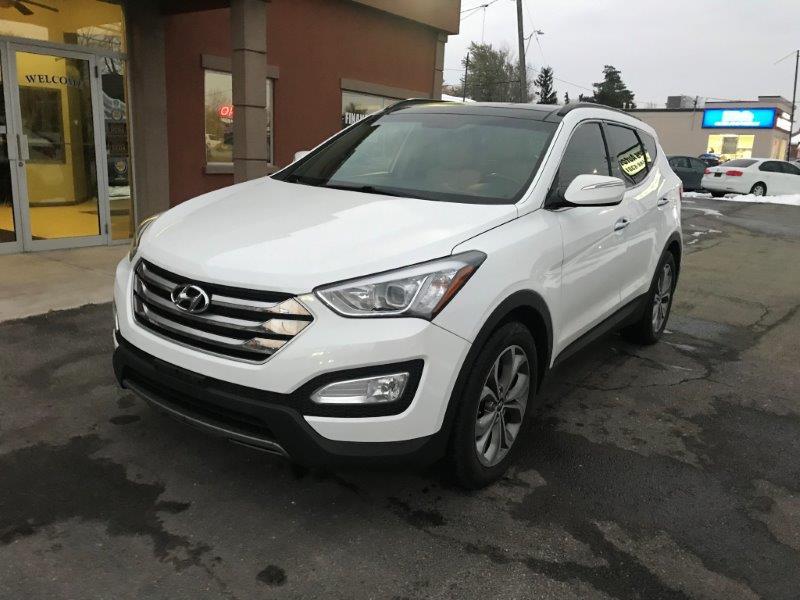 2016 Hyundai Santa Fe7