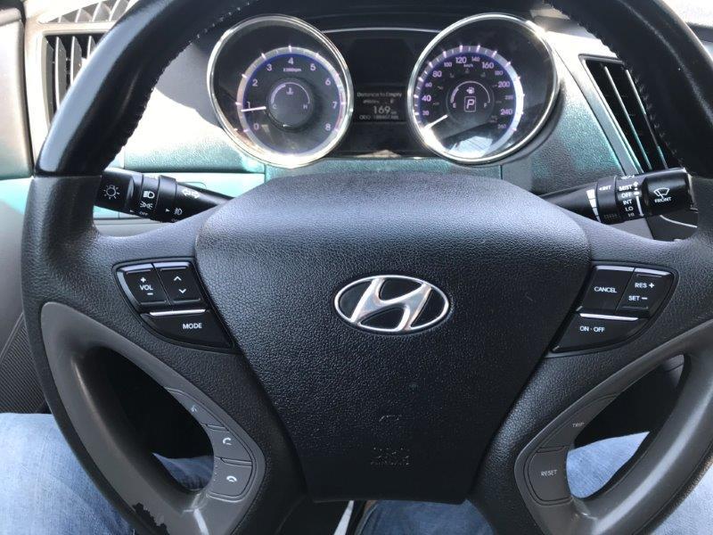 2011 Hyundai Sonata14
