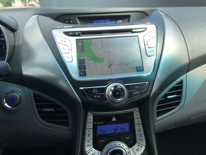 2012 Hyundai Elantra11
