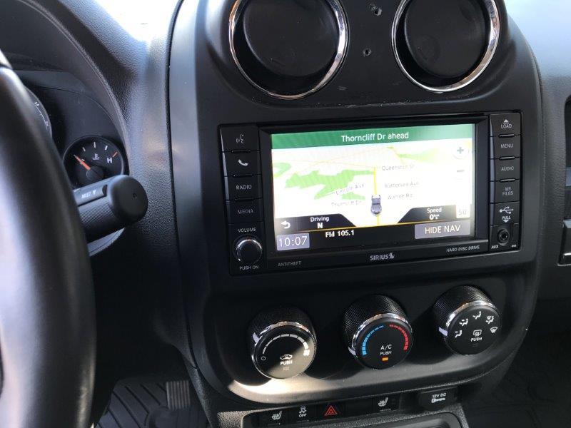 2016 Jeep Liberty11