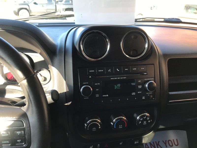 2015 Jeep Patriot11