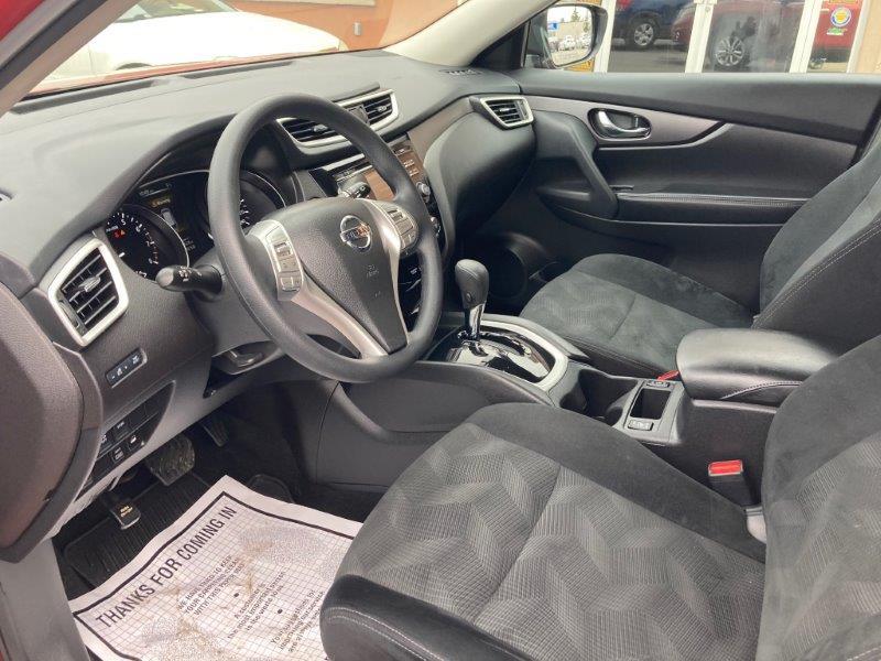 2016 Nissan Rogue9