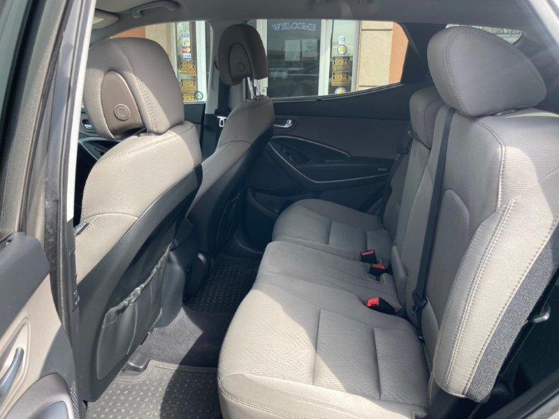 2013 Hyundai Santa Fe10