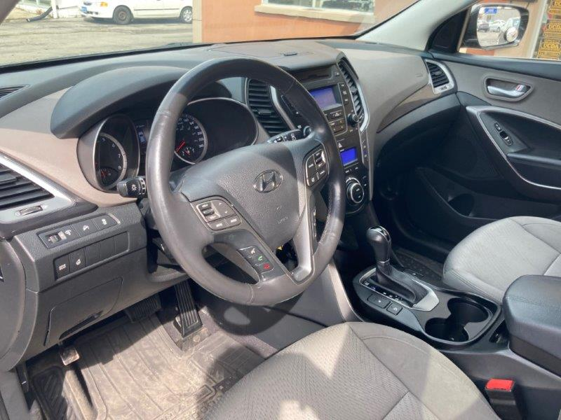 2013 Hyundai Santa Fe9