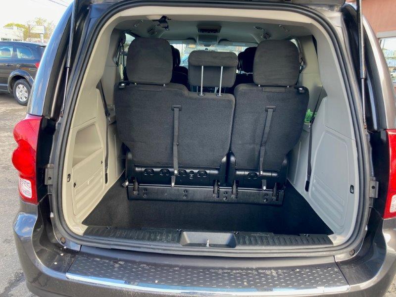 2015 Dodge Grand Caravan11