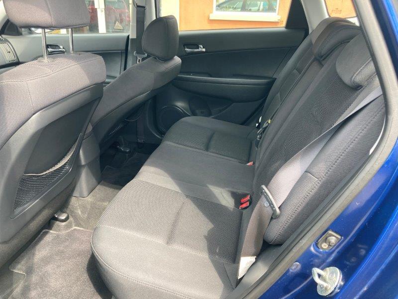 2011 Hyundai Elantra10